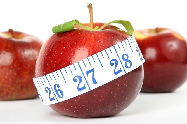 Præcis, hvad der er den rigtige kost regime for at reducere vægten på en sund og afbalanceret måde